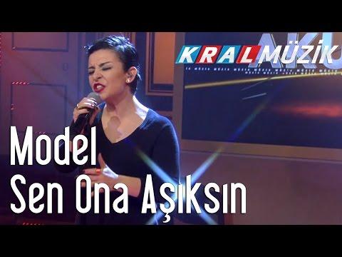 Kral Pop Akustik - Model - Sen Ona Aşıksın