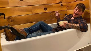Ryan Upchurch gets a Elvis Presley Bathroom at Ghost Ranch!