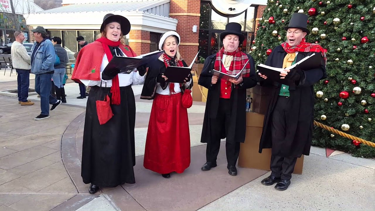 singing christmas carolers for hire olde towne carolers - Christmas Carollers