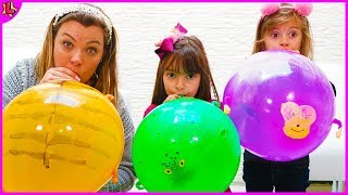 Aprendendo Cores em Inglês com Balões - Educational video Learn colors  with Laurinha e Helena