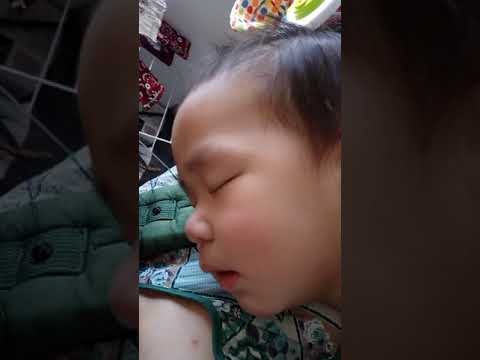 21 Nov 2017- One afternoon when isaac fell asleep in mommy's arm