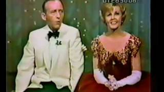 Dorothy Collins & Bing Crosby - Christmas Glow Worm - in Color!