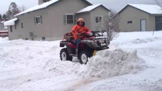 Repeat youtube video Honda foreman plowing snow