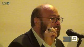 مصر العربية | شاهد دموع عادل أديب بندوة محمود عبد العزيز