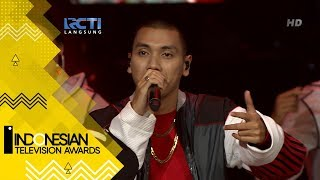 "Video Rizky Febian ft Rayi Putra - ""Girl Like You"" download MP3, 3GP, MP4, WEBM, AVI, FLV November 2018"
