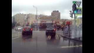 Тайная тропа, Второй выезд с парковки в Купчино, выскакиваем на Купчинскую и Малую Балканскую Улицы