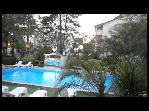 HOTEL ALBATROS,UREKI
