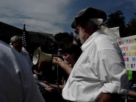 T E A PARTY PROTEST AT CONGRESSMAN HEATH SHULER