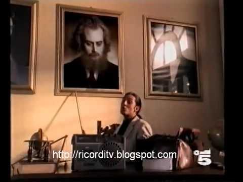 Giosuè Carducci - San Martino cantata da Fiorello - Video Ufficiale - La Nebbia Agli Irti Colli...
