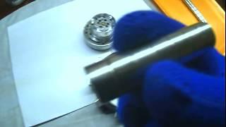 Motor magnético como os campos magnéticos + e - interagem.