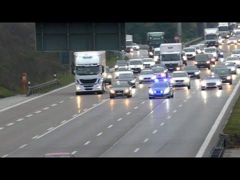 Download Autobahnpolizei bremst Verkehr