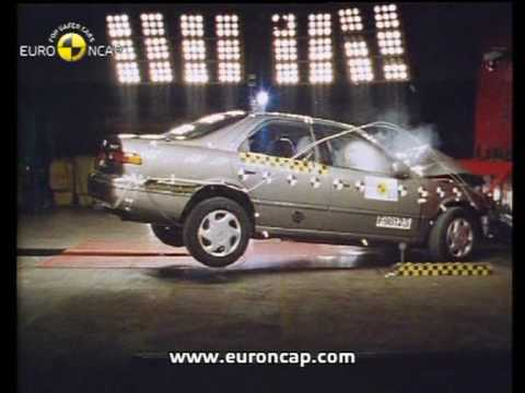euro ncap toyota camry 1998 crash test youtube. Black Bedroom Furniture Sets. Home Design Ideas