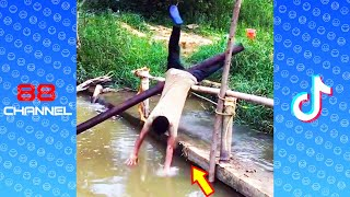 New Funny Videos 2020 ● People doing stupid things #17