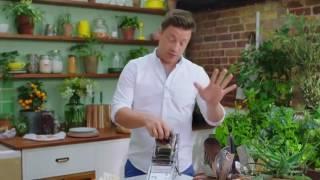 Джейми Оливер   Полезный салат Цезарь
