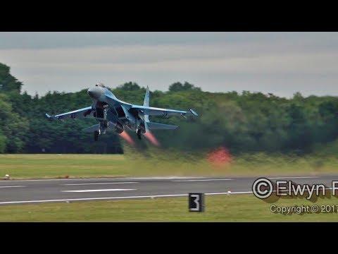 "Su-27 Flanker flying display at RIAT 2017! Демонстрацiйний пілотаж"" Su-27 Flanker"
