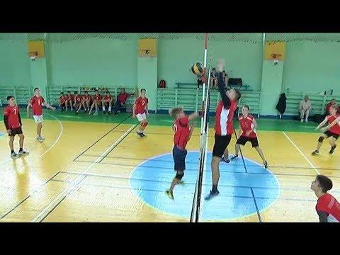 Открытый турнир по волейболу собрал в Уссурийске школьников края
