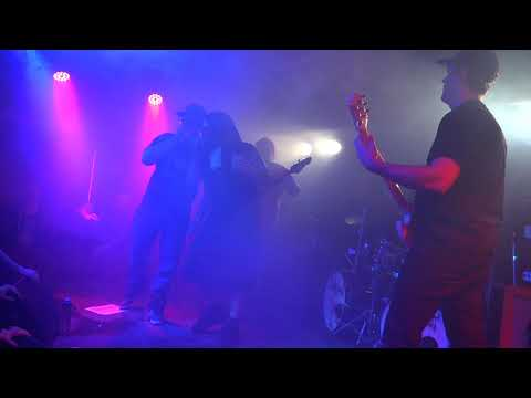 CUMGUN live 2 @ Piranha Bar, Montreal. 17/03/2018
