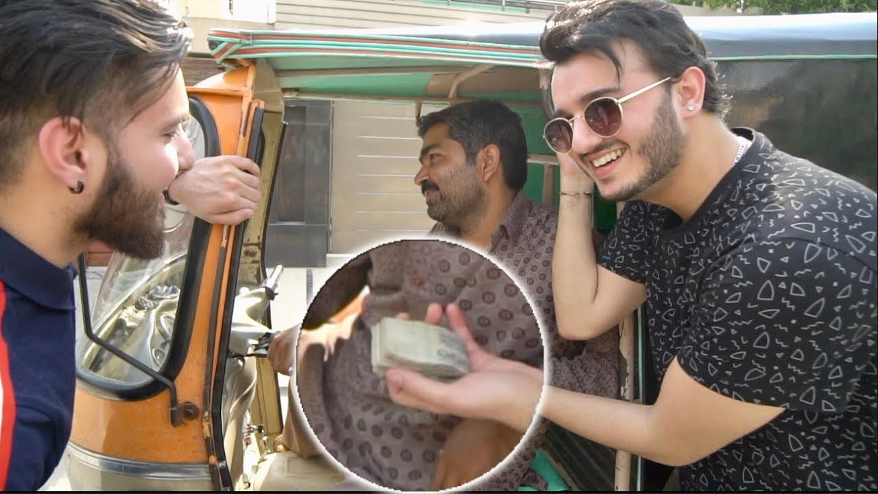 GIVING 100,000 Rupees TO A RICKSHAW DRIVER! EMOTIONAL