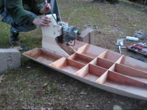 Ryobi 31cc Gasser Airboat Motor Test - YouTube