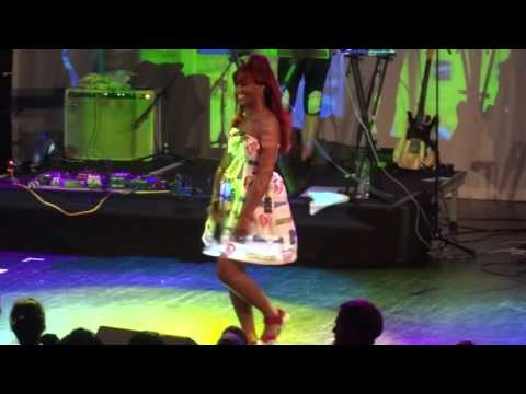 Santigold - Chasing Shadows (Live)