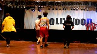 """Hollywood Vibe- Funniest Hip Hop ever """"Black and Yellow"""""""