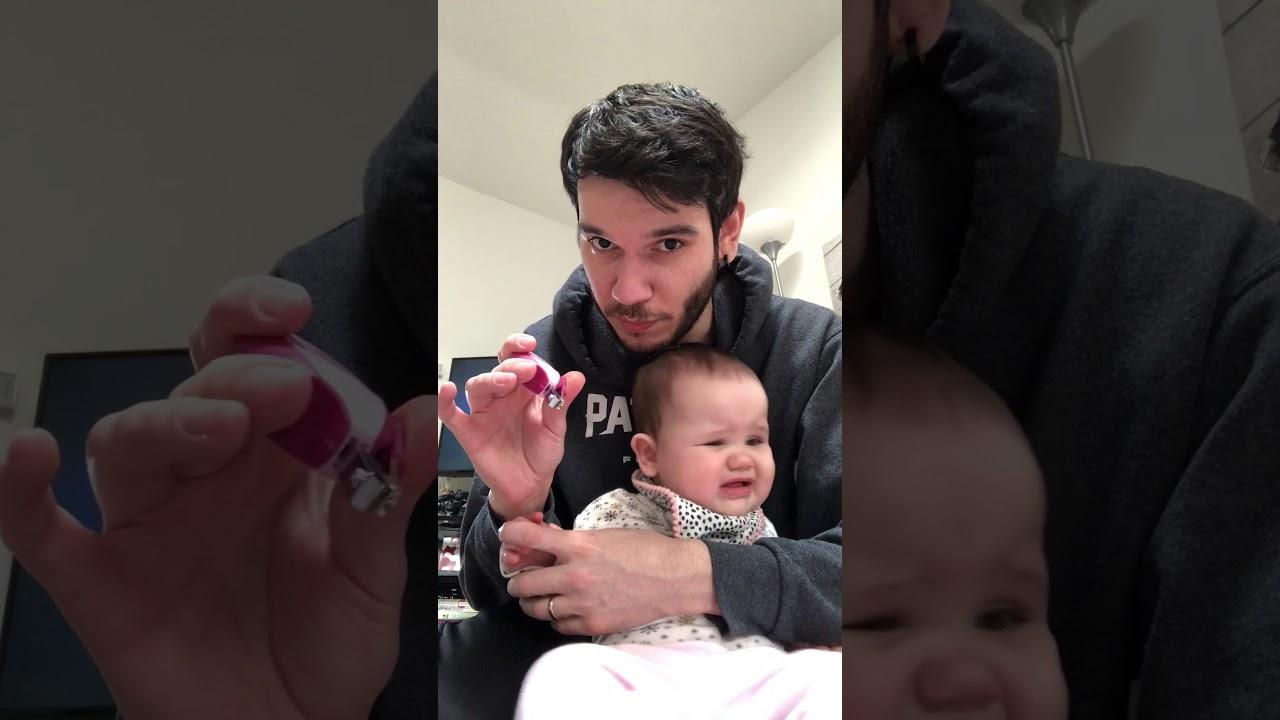 Bebelerin tırnakları nasıl kesilir