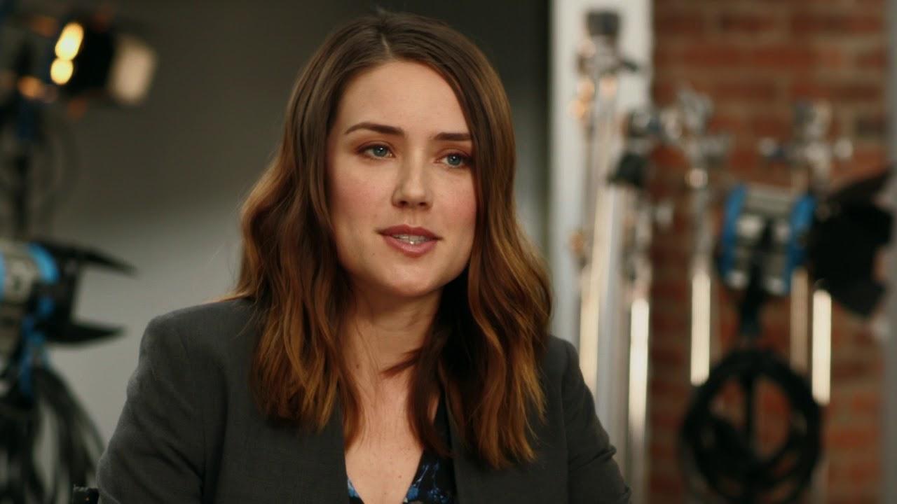 e9c10259f The Blacklist: Season 5 Premiere || Megan Boone