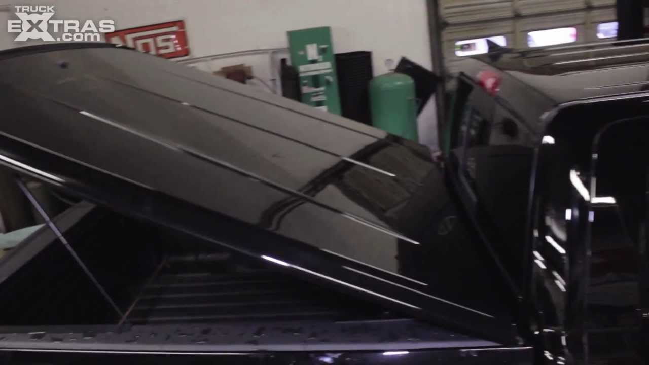 Installing The Undercover Se Tonneau Cover On A Dodge Ram