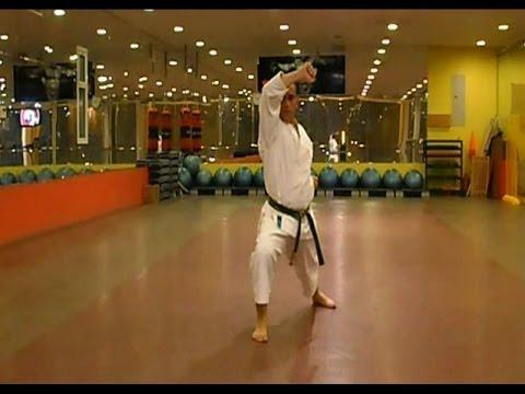 تعليم الكاراتيه - الكاتا الأولى أداء كابتن شادي ثابت - نبض الرياضة