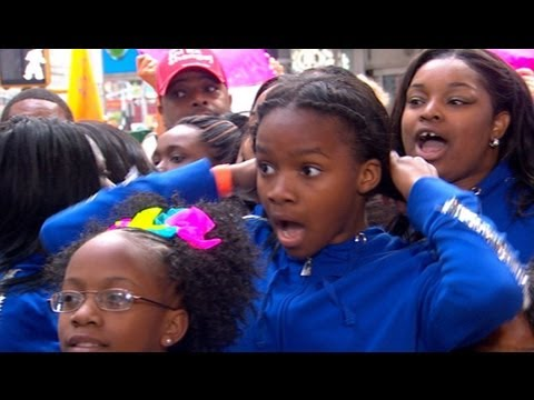 Beyonce Surprises Camden, NJ Dance Troupe | Good Morning America | ABC News