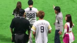 5/25のロッテ戦で黒木啓司さんが始球式をした動画です。 5/25福岡ソフト...