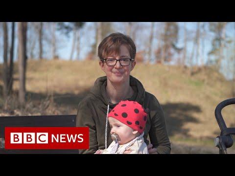 Sweden's 'broken' IVF promise to single women - BBC News