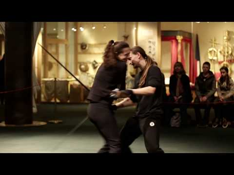 Globe Exhibition - Live Demonstrations - Sword Fighting