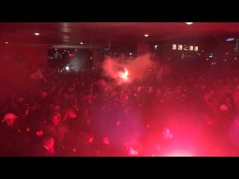Entrada Ajax Amsterdam : 90 minuten lang! (Ajax - Vitesse 18-12-2014)
