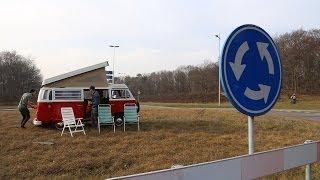 #75: Kamperen op een Rotonde [OPDRACHT]