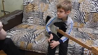 Уроки на гитаре. Ученик- Никита 7 лет