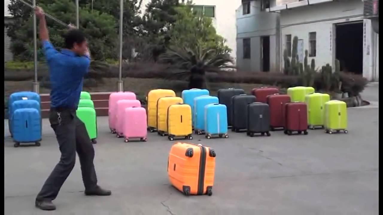 Если вы задались вопросом, какой чемодан лучше купить в москве, обратите внимание на изделия из пластика, для создания которых применяют различные виды сырья: поликарбонат или makrolon — лёгкий и прочный вид пластикового сырья, который производится на заводах немецкой компании bayer,