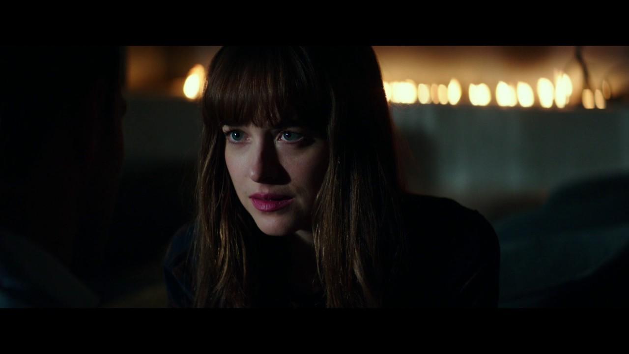 """Download CINQUANTA SFUMATURE DI NERO - Scena del film in italiano """"Ho paura"""""""