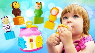 Бьянка и сортер Домик - развивающие Дада игрушки для малышей