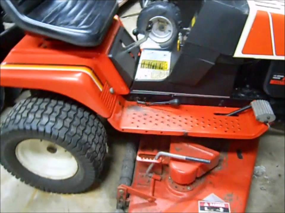 Simplicity mower deck removal