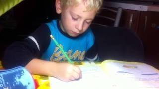 Егорка делает уроки