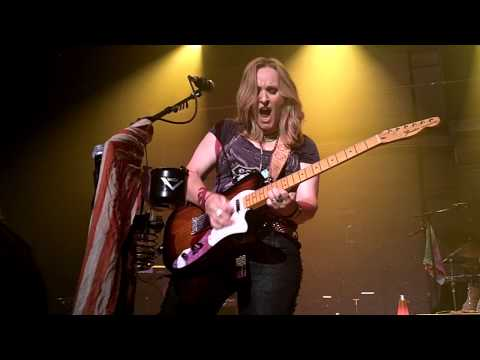 Melissa EtheridgeRock and Roll Me