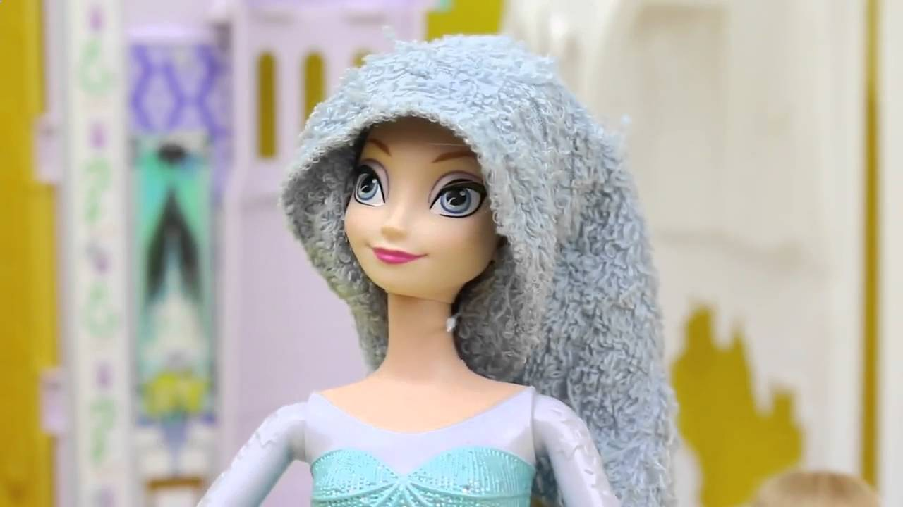 Frozen Elsa With Brown Hair Elsa As A Brunette Barbie Hair