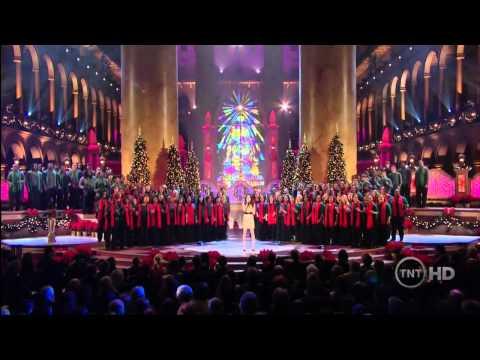 Miranda Cosgrove - Last Christmas Live  in Washington (HD)