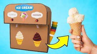 Una máquina de helados de cartón