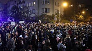 Unruhen in Warschau: Proteste gegen Abtreibungsverbot in Polen