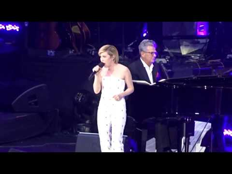 Carly Rae Jepsen [Live] - Call Me Maybe (David Foster Concert in Vancouver 2017)