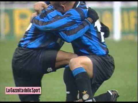 Ronaldo Nazario fantastic 1-touch goal vs Milan (1:03)