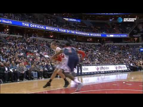 Sam Dekker's fast break spin move in Washington