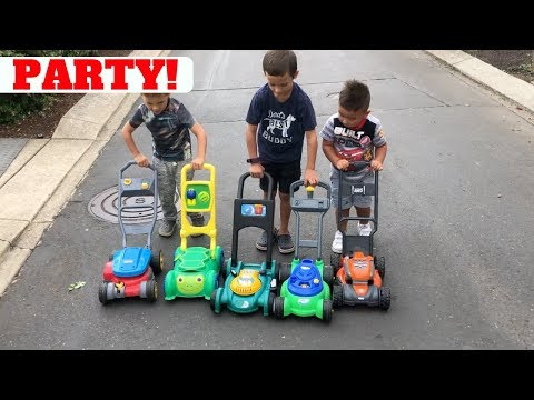 TOY LAWN MOWER PARTY FOR KIDS!
